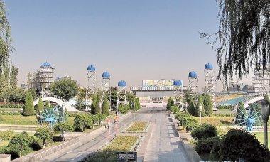 Tashkent Almazar water wheels and Square of presentations 2007