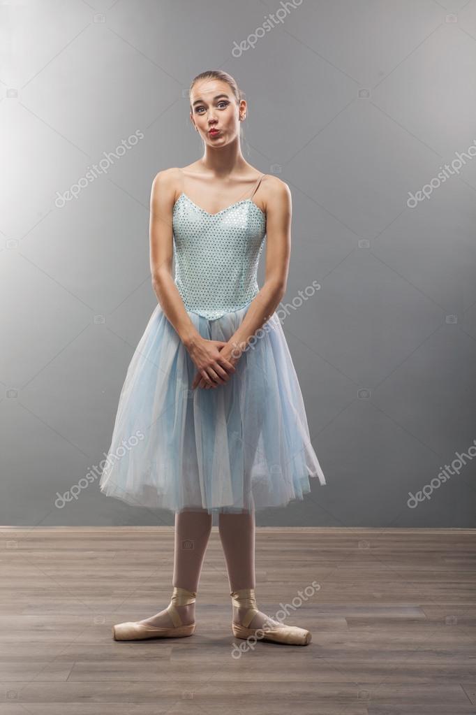 balerini-v-smeshnih-pozah-foto-vagini-i-huy