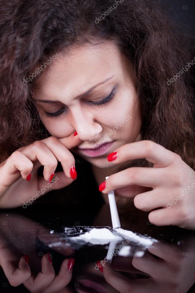 Shall girl snorting coke drug