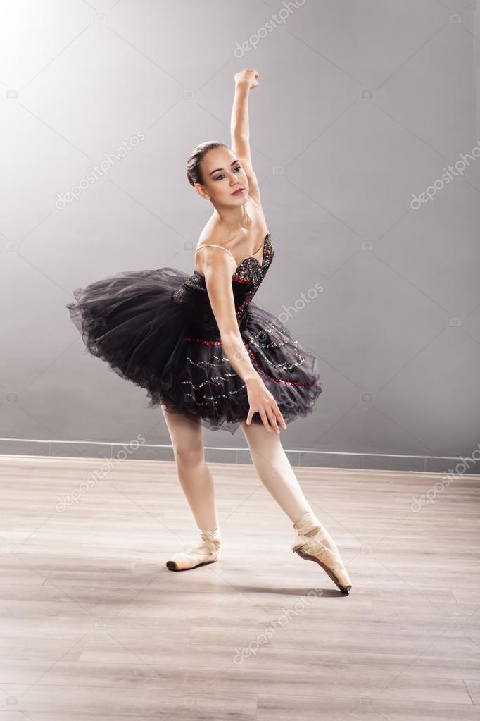 Эротические фото балерин на пуантах — photo 2