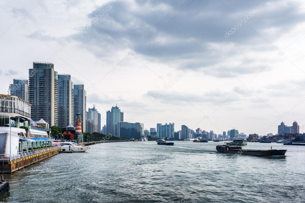 Self Propelled Barges On The Huangpu River Shanghai China Stock