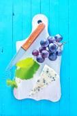 sýr s hroznovým vínem