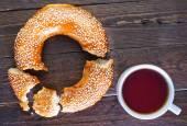 Fotografie Čerstvý čaj s bagel