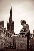 Scott monument v Edinburghu