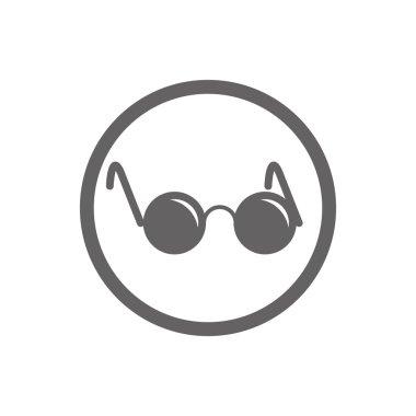 Glasses with black round lenses