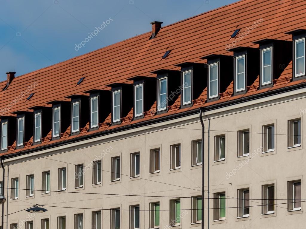 Uitgeruste appartementen op de zolder u2014 stockfoto © ginasanders