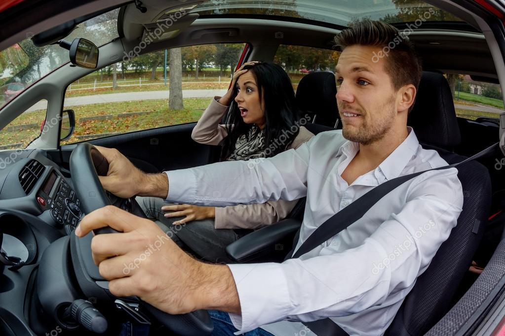 Paar Im Auto Reisen Stockfoto C Ginasanders 102004126