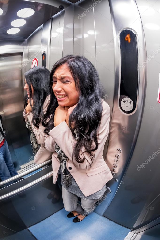 Resultado de imagen para IMAGENES  claustrofobia ascensor