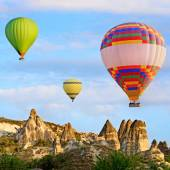 Photo Hot air balloons in Cappadocia