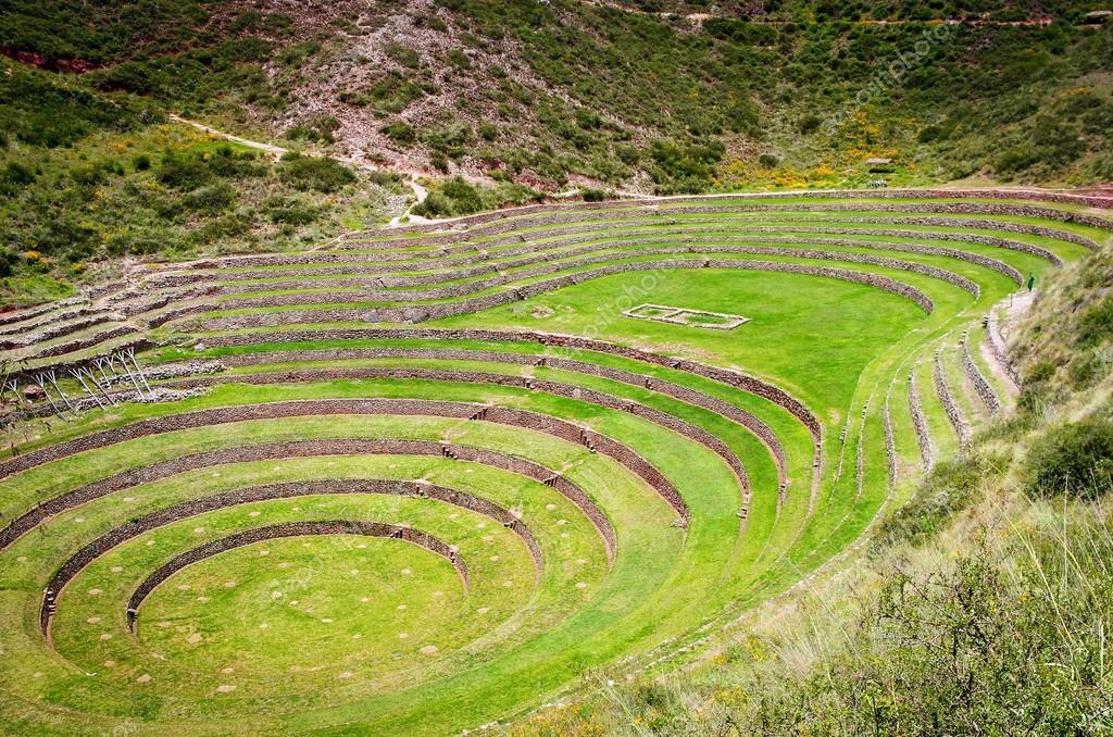 Andenes De Moray Cusco Foto De Stock Byelikova 121277888