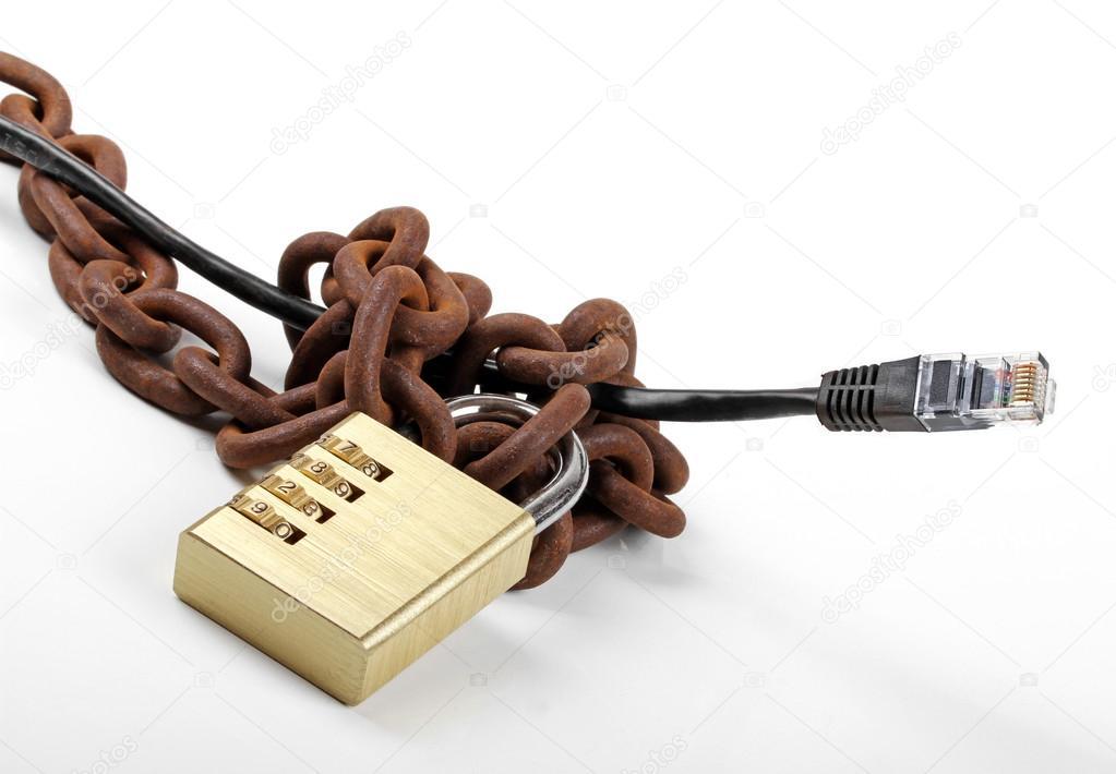 zensierte Internet Konzept - Kabel mit Kette und Vorhängeschloss ...