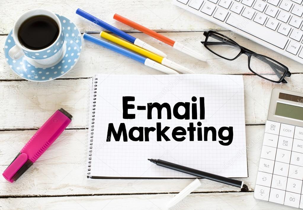 E-mail marketing and cup of coffee