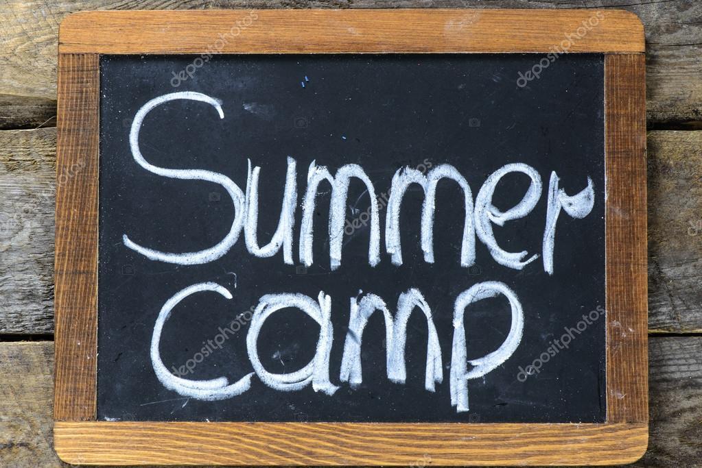 Tafel-Rahmen mit Sommercamp — Stockfoto © roobcio #73773553