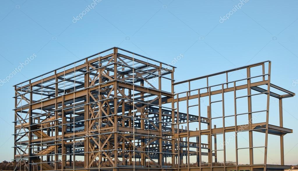 Stahl, gerahmt Gebäude im Bau — Stockfoto © sponner #88205602