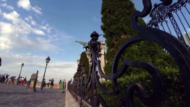 Budapešť. Architektura, staré domy, ulice a čtvrti. Maďarsko. Výstřel ve 4K, UHD