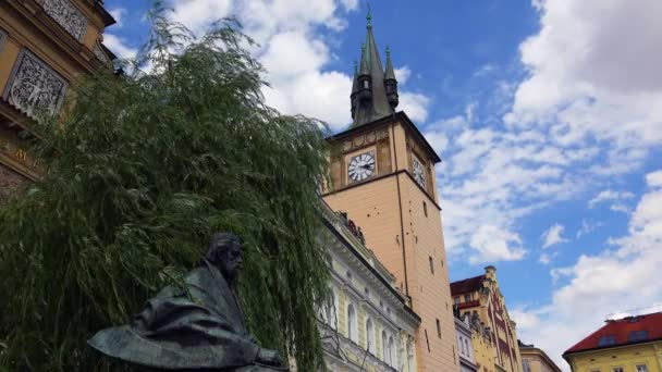 Starověká věž v Praze. Česká republika. Video ve 4K, UHD