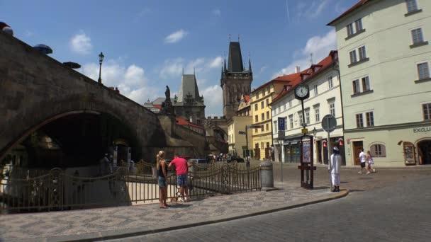 Praha. Stará Praha. Architektura, staré domy, ulice a čtvrti. Česká republika. Video ve 4K, UHD