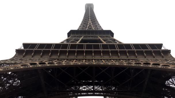 Eiffelova věž v Paříži. Francie. Výstřel ve 4K, UHD
