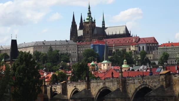 Kostel sv. Víta v Praze. Česká republika. Video ve 4K, UHD. Reálný čas.