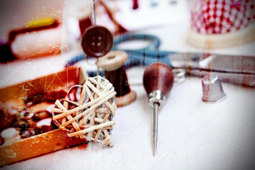 Spulen des Threads von Schaltflächen Nadel Nähen-Vintage-retro-Stil ...