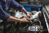 Fotografie Mechanik v garáži