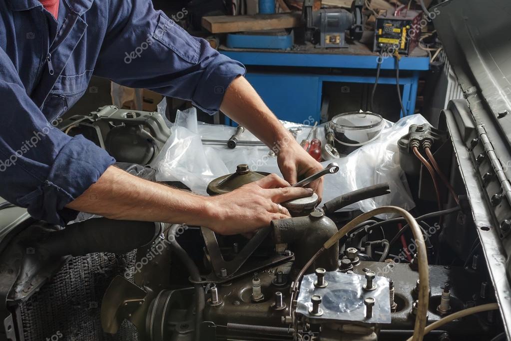 Mechanic working in a garage.