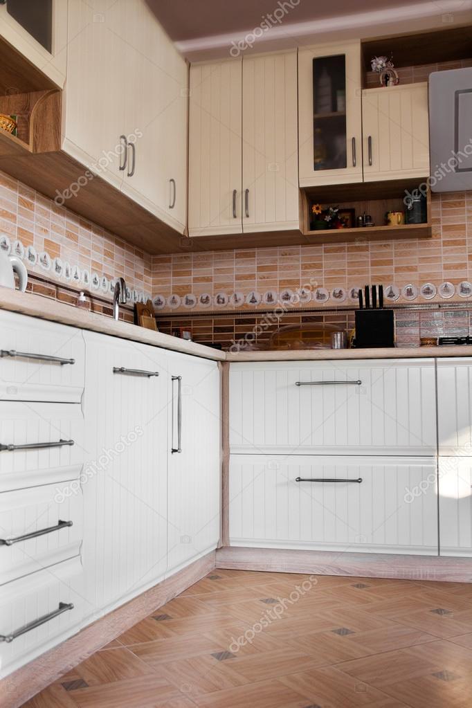 la cucina bianca — Foto Stock © Angelika #101242140
