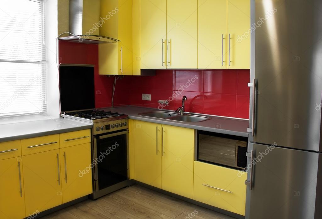 Geel De Keuken : Interieur geel keuken u stockfoto angelika