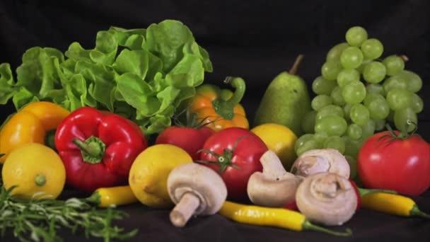 Barevný mix ovoce a zeleniny
