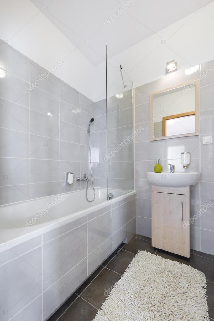 moderne badkamer in Scandinavische stijl — Stockfoto © jacek_kadaj ...