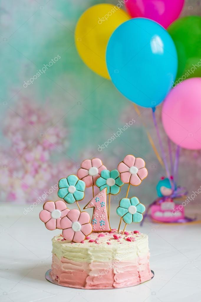 első szülinapi torta Első Szülinapi torta — Stock Fotó © Shangarey #117928370 első szülinapi torta