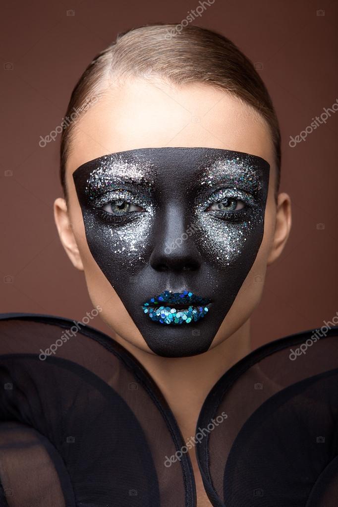 Maquillaje Negro Con Malla Fotos De Stock C Alexannabuts 59210817 - Maquillaje-negro