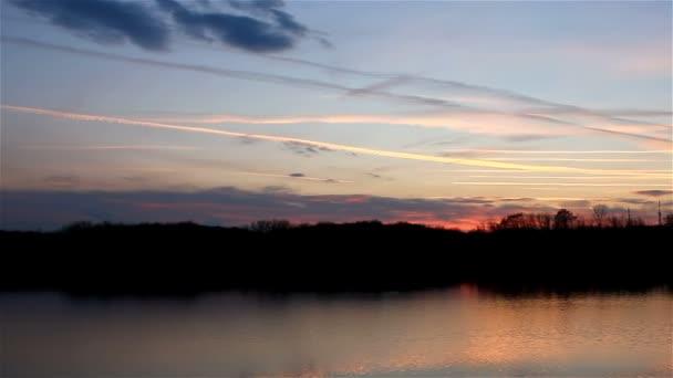 krásná obloha řeka slunce silueta přírodní krajina