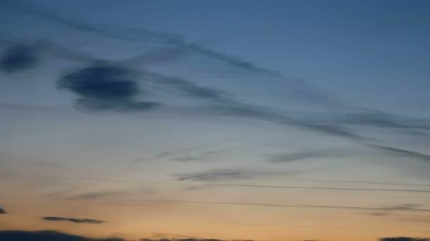 obloha při západu slunce příroda krásná Prohlédni