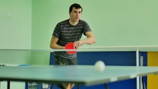 muž krmiva podáváme hrací sportovec sportovní video stolní tenis Zpomalený pohyb