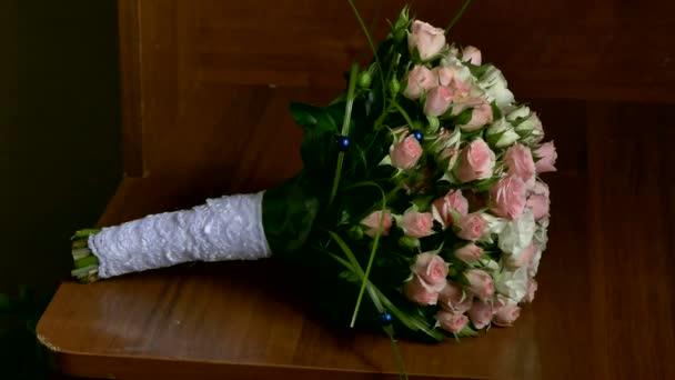 muž ženich výtahy svatební kytice na svatební stůl Doplňky