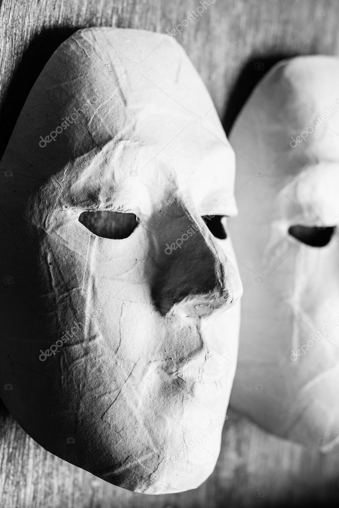 【Royalty Free】 Beyaz Maske Boyama
