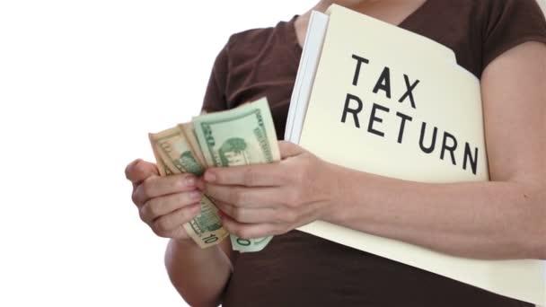 Daňové přiznání počítání peněz