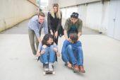 Fotografie Gruppe junger multiethnischen Freunde Spaß