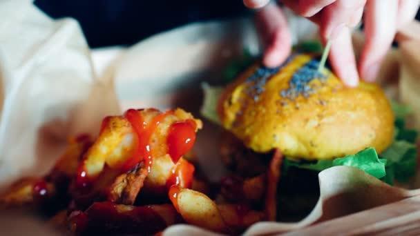 veggie hamburger served in basket