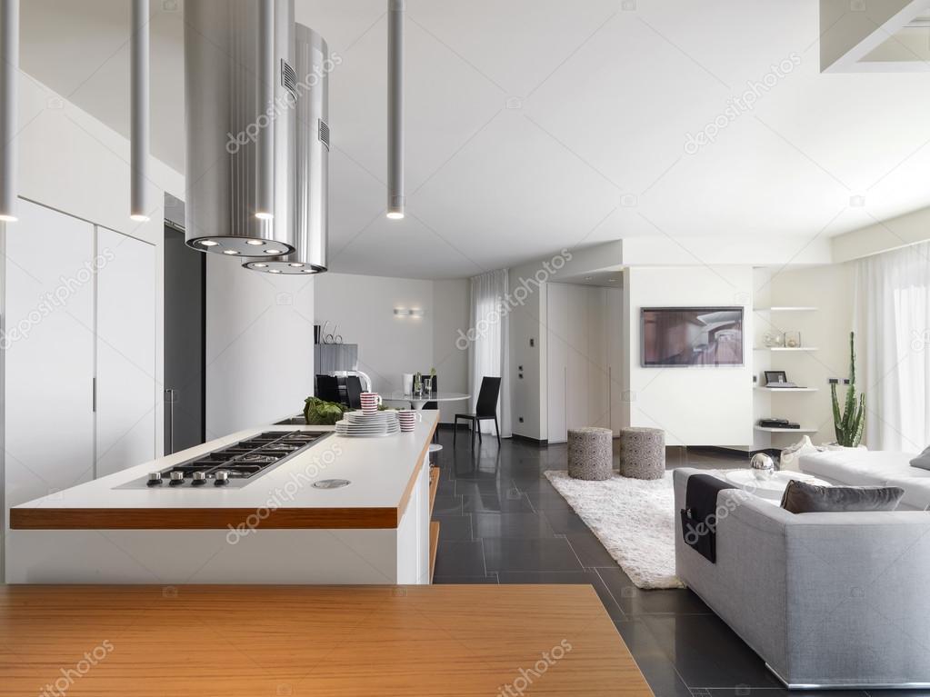 vista interna di una cucina moderna — Foto Stock © aaphotograph ...