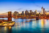 Fotografia skyline di Brooklyn bridge e manhattan