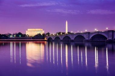 Washington DC Monuments on the Potomac