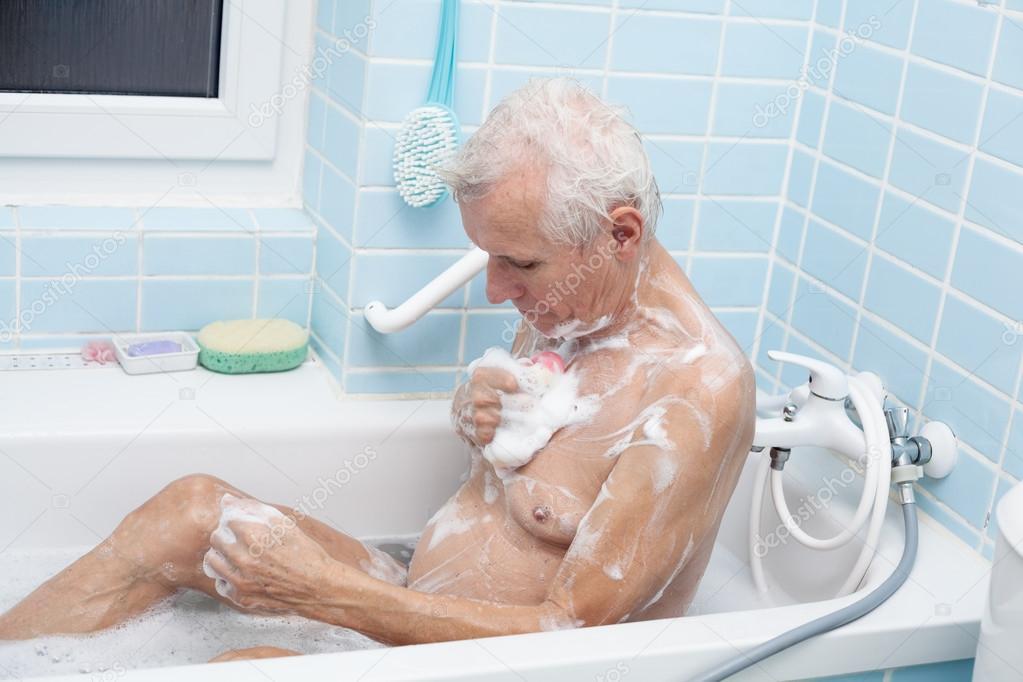 老人洗澡 图库照片 169 Janmika#62360657