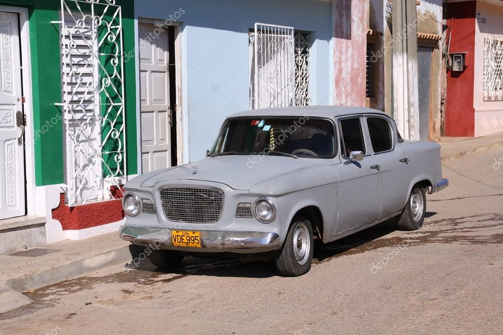 Old Toyota in Cuba – Stock Editorial Photo © tupungato #58583875