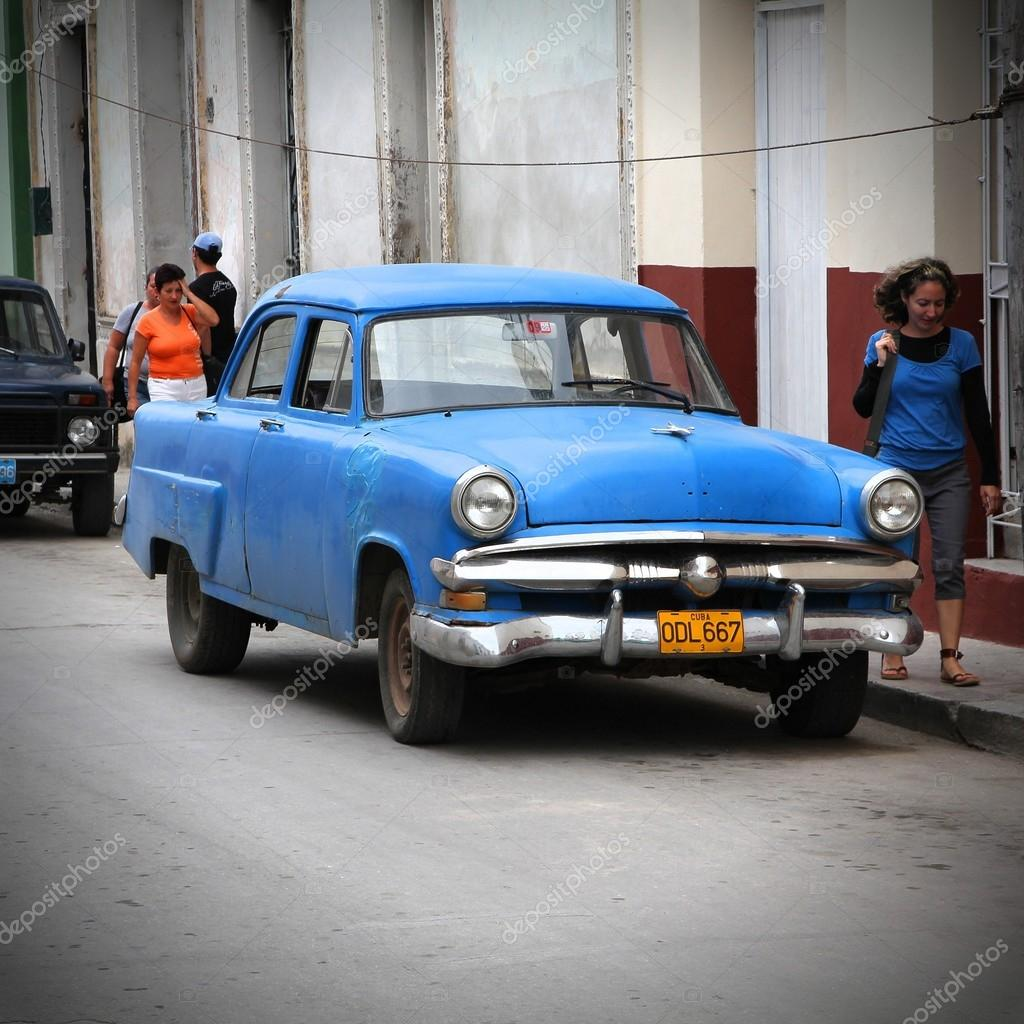 Cuba old car – Stock Editorial Photo © tupungato #62775323