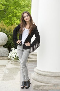 girl with modern casual style