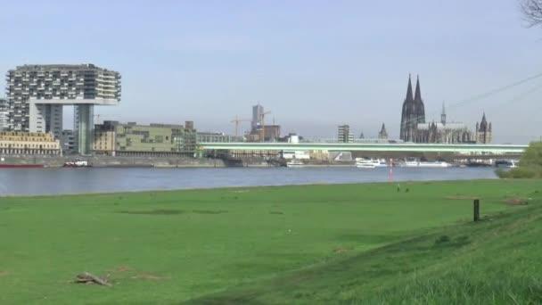 Westufer des der Stadt Köln