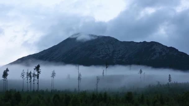 Vysoké Tatry (Slovensko) letní bouřky zobrazení