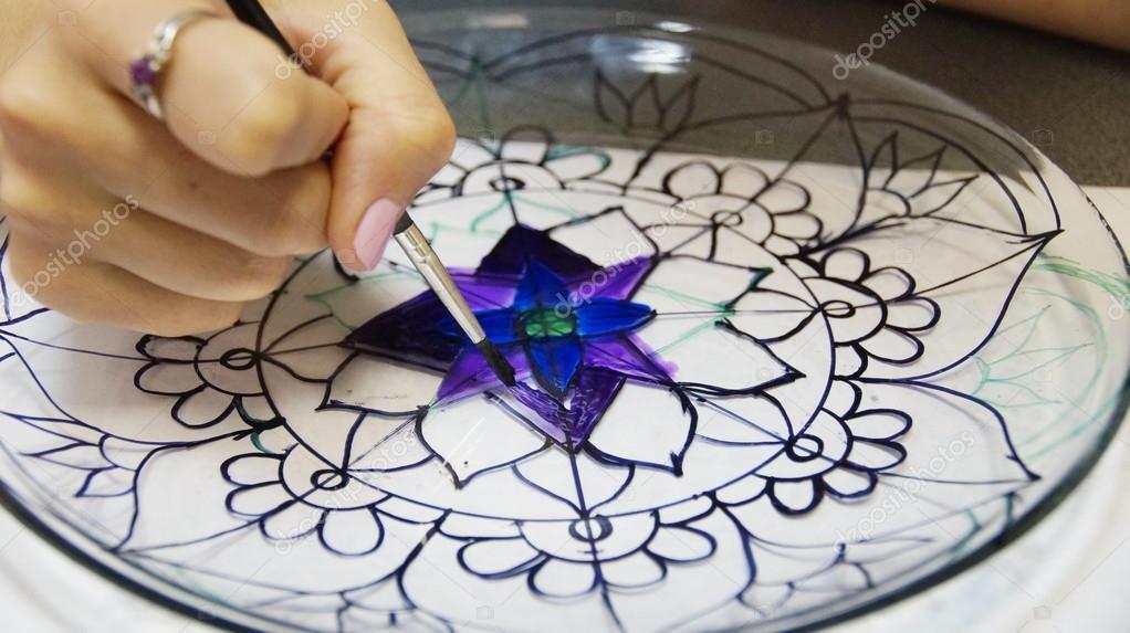 Le Procès De La Peinture Vitrail Photographie Amekamura 90351794